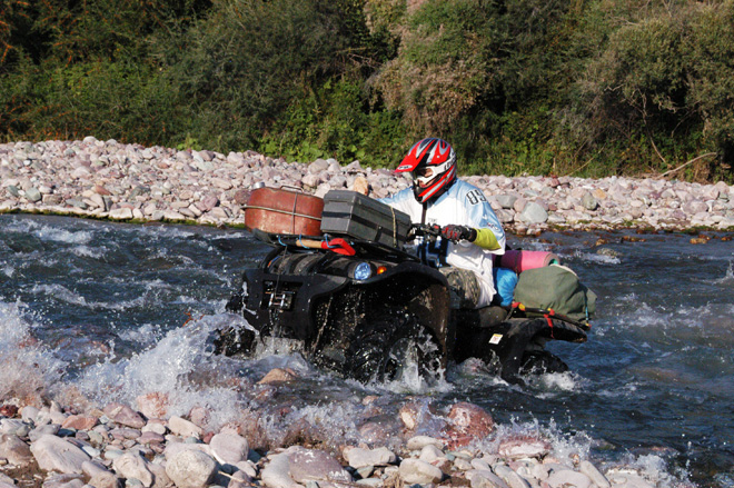 Quad off road tour to the Kegety Pass and the Konortchok Canyons